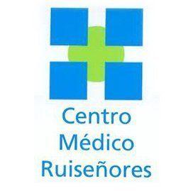 logotipo centro médico ruiseñores